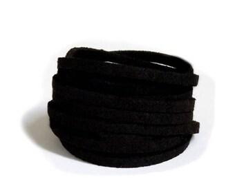 Suede lace / black 3mm /largeur cut 50 cm