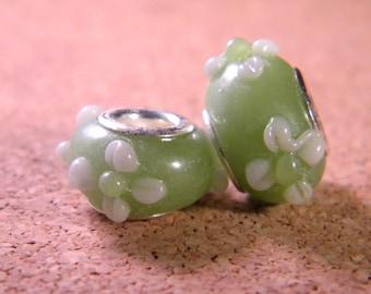 bead charm European glass lampwork - Green - 15 x 9 mm - 18