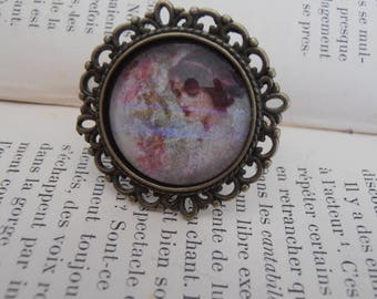 Ring with cabochon 20's woman