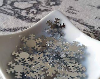 Glitter / confetti snowflakes silver 19 mm wide 30gr