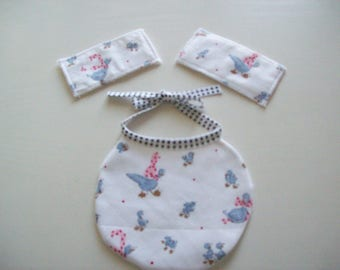bib for Doll or baby wipes