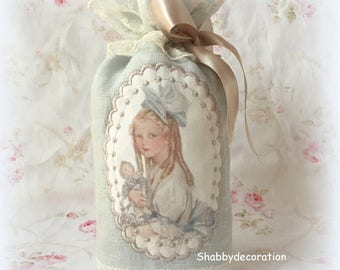 Sachet bag scented with Lavender flowers