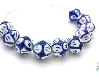 6 beads porcelain Chinese blue and white flowers, 10mm (pc164)