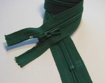 Zipper closure, 35 cm, dark green, non detachable mesh plastic 4 mm.