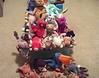50 beanie baby collection. Many rare bears in there