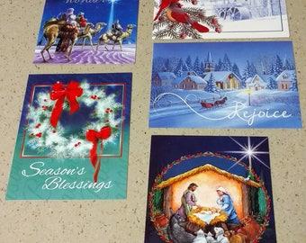 18 Assorted Christmas Cards w  Envelopes