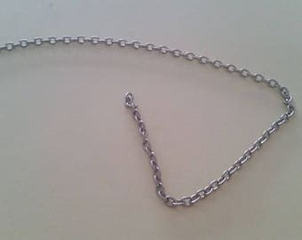 Link silver chain dangles 3 minutes