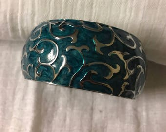 Turquoise blue Enamel bracelet with silver details