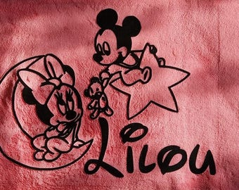 """Fleece blanket pink baby personalized with """"Minnie on the Moon"""" and Mickey on Star flocking velvet + a name"""