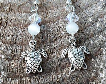 Theme earrings * chic turtle *.