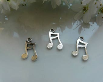 Silver music note charm pendant 3 x