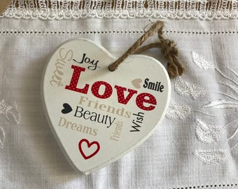 """2 - Wooden heart """"Love everythings"""""""