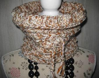 woman wool snood