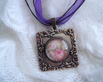 Necklace cabochon Style romantic, Retro.