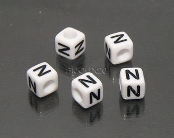 30 beads white cube letter N black acrylic 6mm M03116-N