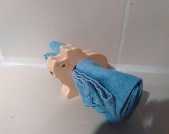 Napkin: pig in fir wood