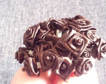 Promotion set of 48 small 1 cm Brown satin flowers