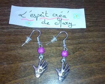 the heart design earrings