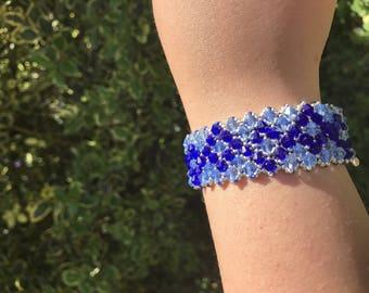 Chic bracelet, refined and elegant light blue and Blue Navy Swarovski Crystal