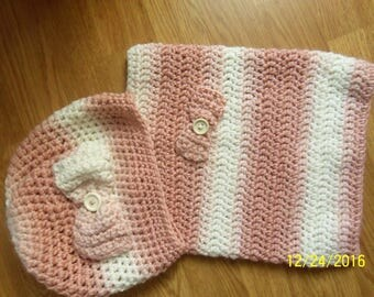Set hat and Snood rose/ecru color