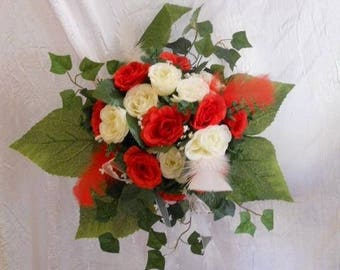 Red and white bridesmaid bouquet or bridal bouquet