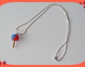 Necklace snake chain with a red and blue chuppas
