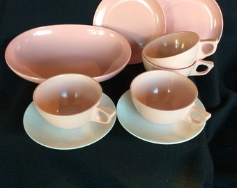 PINK Melmac vintage dishes, 1950s pink dishs, Melamine plates, Chicago melmac, Retro pink cups, 60s picnic dishes