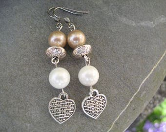 Pearl cultured and heart earrings
