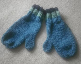 Adult mittens, wool shades of blue