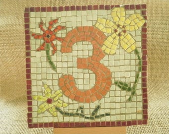 "House number ""3"" micro mosaics of terracotta, flower pattern, size 12 x 12 cm"