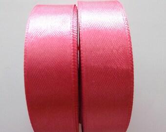 BEAUTIFUL SATIN Ribbon colours FUCHSIA x 4 meter REF. 39