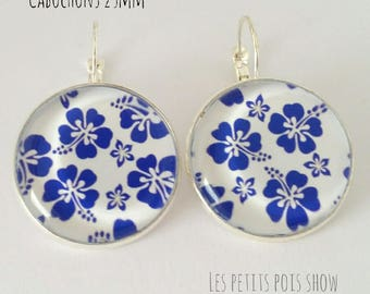 Earrings sleepers style summer white and intense blue color