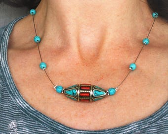 The Choker necklace with Nepalese ethnic bead