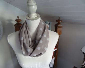 Polyester chiffon Snood taupe with white dots