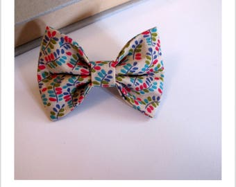 """hair bow """"clip - me"""" beige, pink blue and green"""