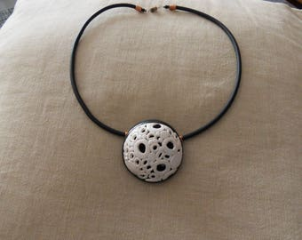 POLYMER NECKLACE CHOKER