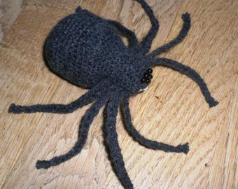 Plush or plush spider crochet