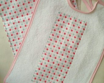 set of 2 bibs medium pinkish sponges bibs