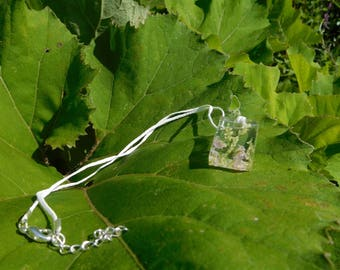 Clear necklace with flowers
