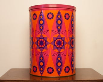 Vintage Tomado look retro cans from the 70s vintage design tin from the sixties seventies