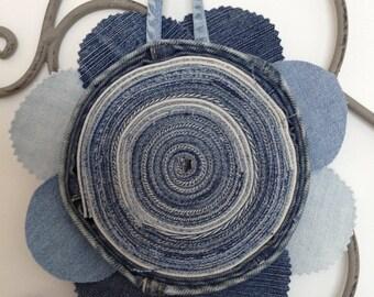 Blue jean's flower - trivet