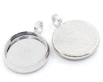 Set of 30 pendants for cabochons 10 mm silver paste