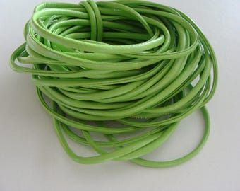 Flat green 4 * 2 mm leather cords