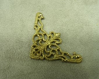 DECORATIVE Metal item - gold