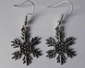 Earrings with snowflake