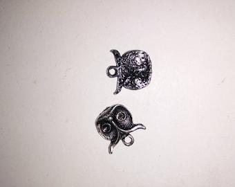 2 antique silver OWL charm