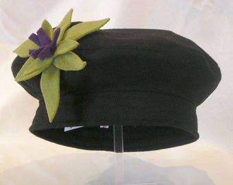 beret in black peacoat green crocus