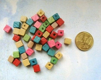 Lot 50 multicolored wooden cube beads