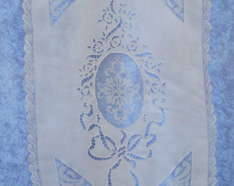 Curtain in white thread, 53 X H 80 cm, in vintage embroidery handmade