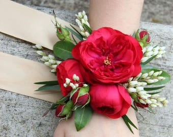 Corsage and Buttonhole set